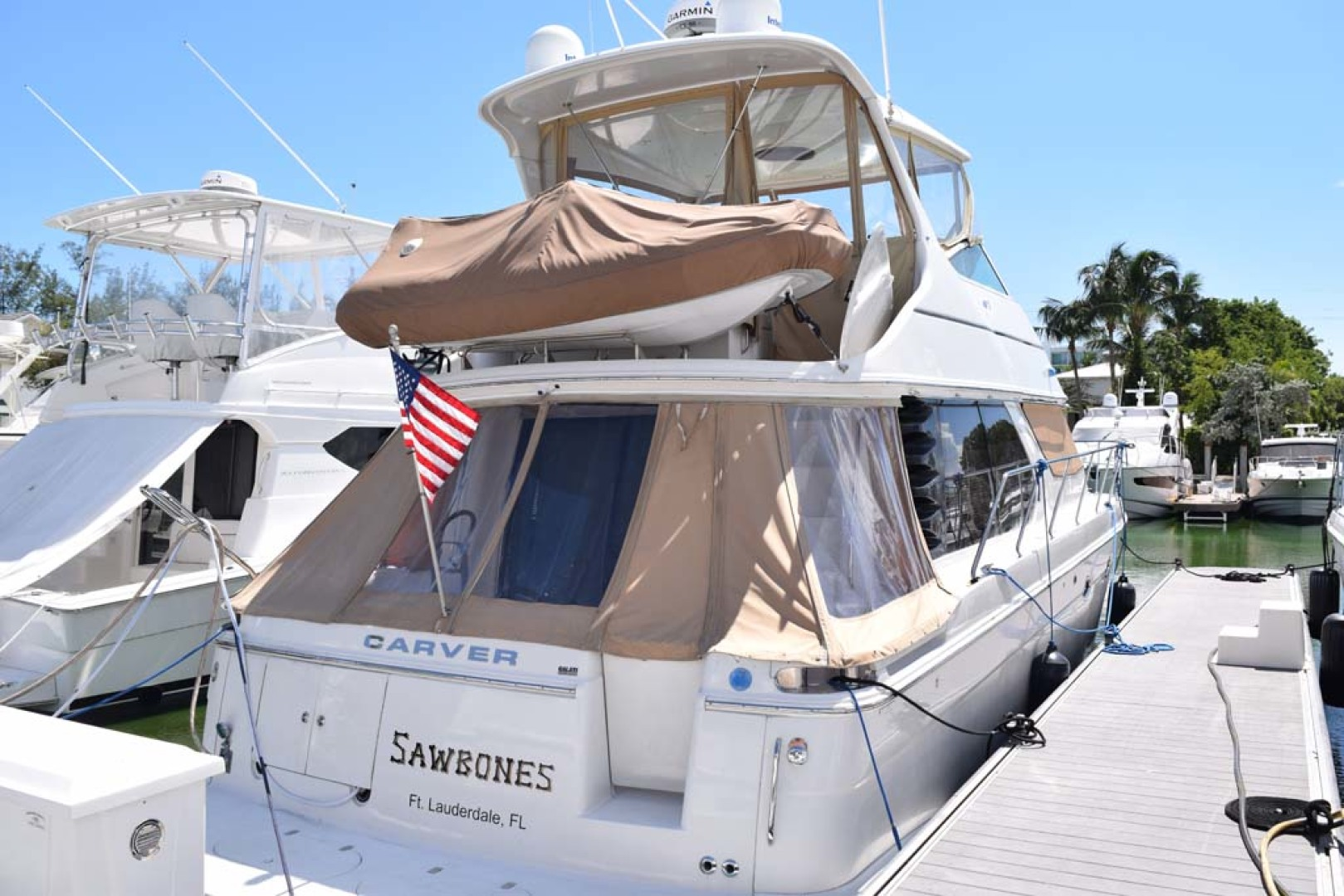 Carver-Voyager 2005-Sawbones Fort Lauderdale-Florida-United States-Transom Door-1068991 | Thumbnail