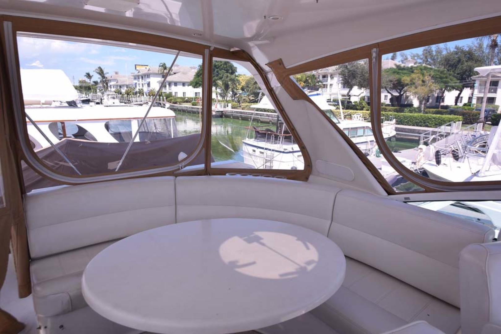 Carver-Voyager 2005-Sawbones Fort Lauderdale-Florida-United States-Flybridge Table-1069006 | Thumbnail