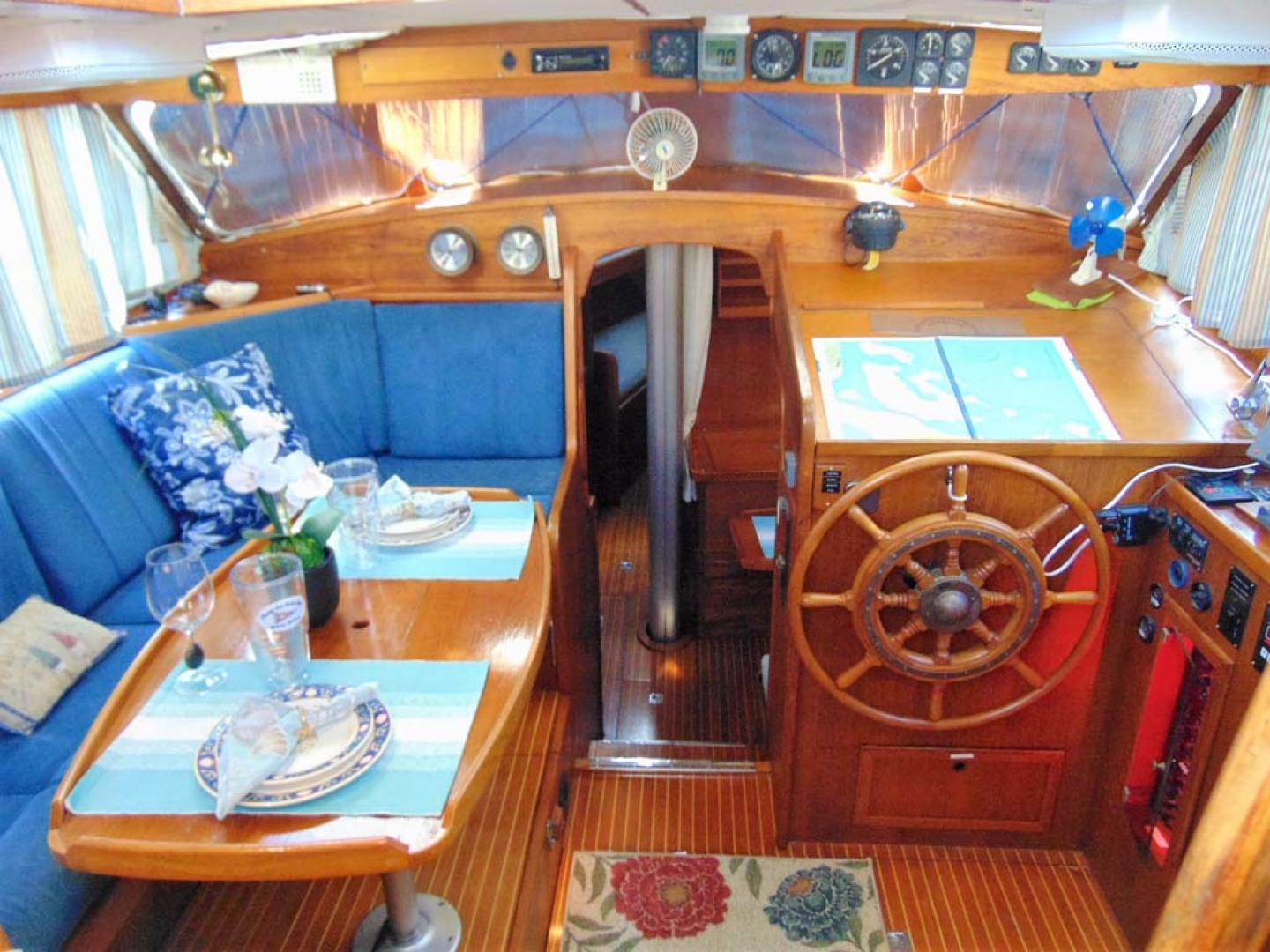 Nauticat-40 1985-Aurora Palm City-Florida-United States-Pilothouse Area-1070734 | Thumbnail