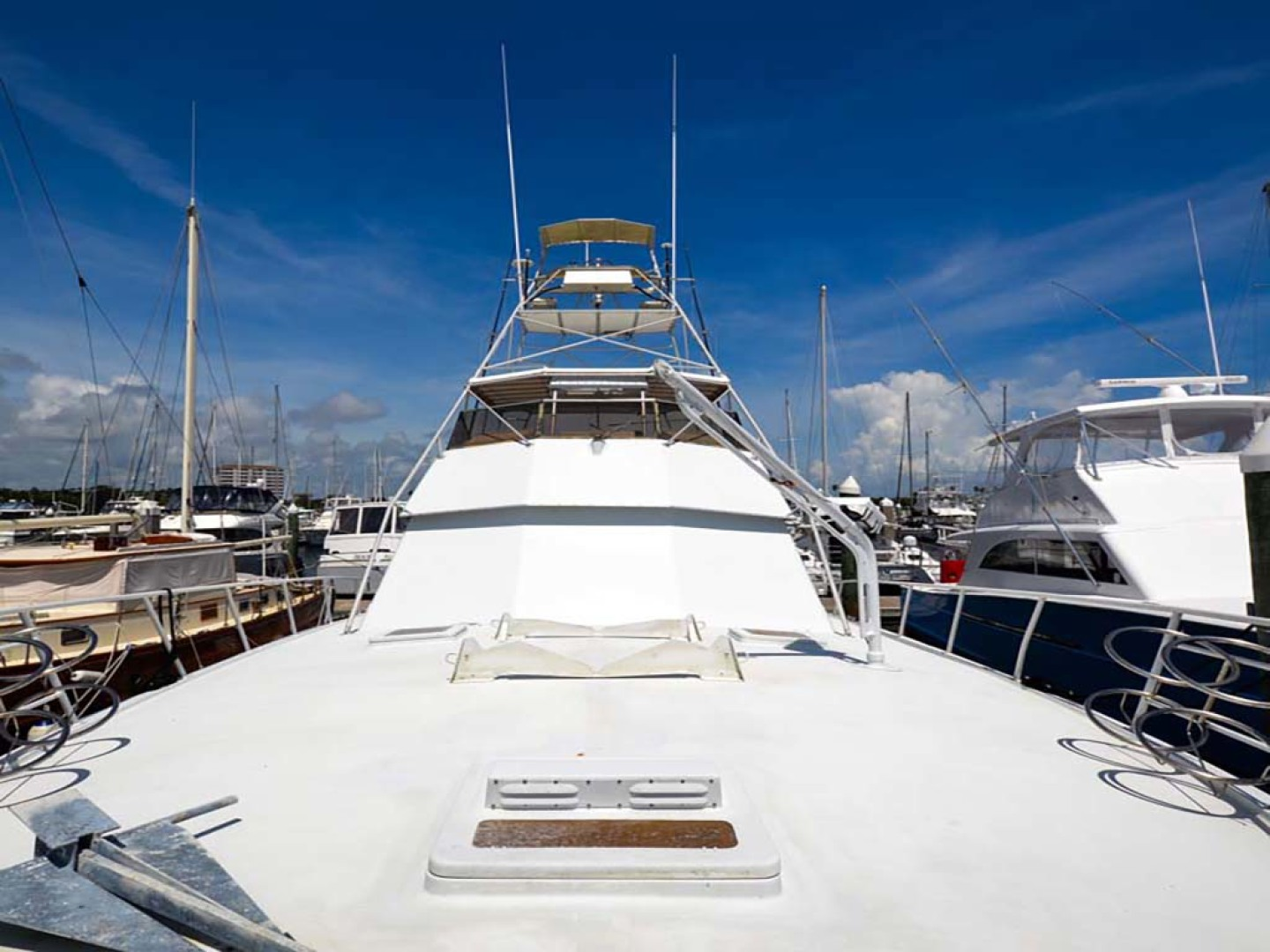 Hatteras-60 Flybridge 1979-Sea Horse Daytona Beach-Florida-United States-Foredeck-1070350 | Thumbnail