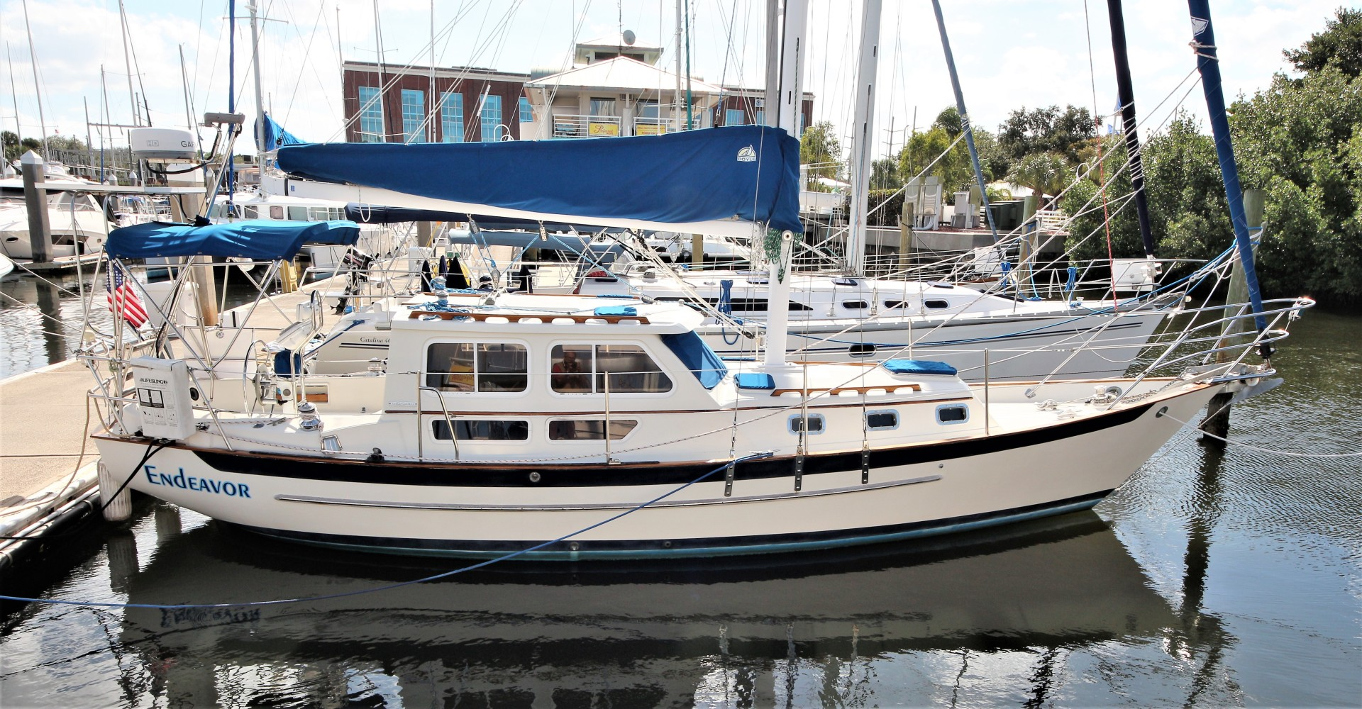 Used Pacific Seacraft 32 Pilothouse 32 For Sale In Florida Endeavor United Yacht Sales