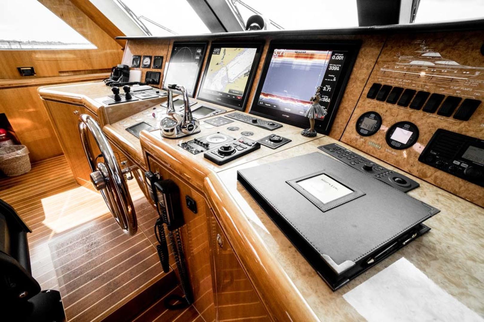Horizon-Cockpit-Motor-Yacht-2008-Liberation-Stuart-Florida-United-States-Pilothouse-Helm-1075339