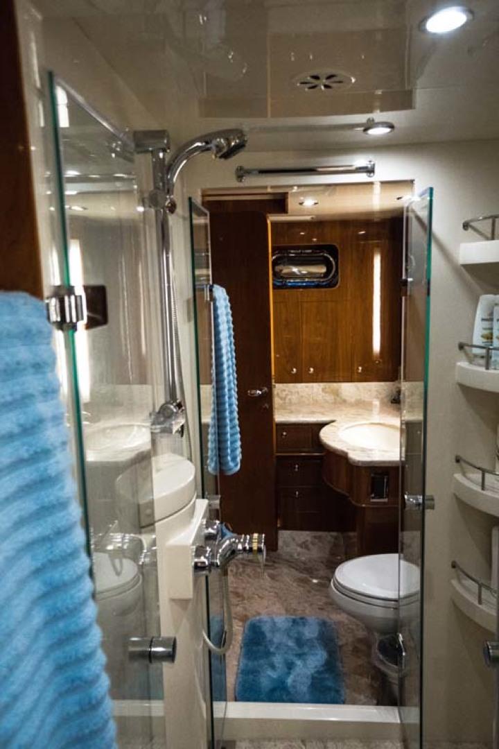 Horizon-Cockpit-Motor-Yacht-2008-Liberation-Stuart-Florida-United-States-Master-Shower-1075352