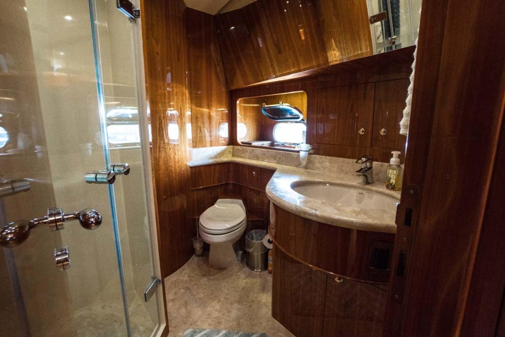 Horizon-Cockpit-Motor-Yacht-2008-Liberation-Stuart-Florida-United-States-VIP-Stateroom-Head-and-Shower-1075357