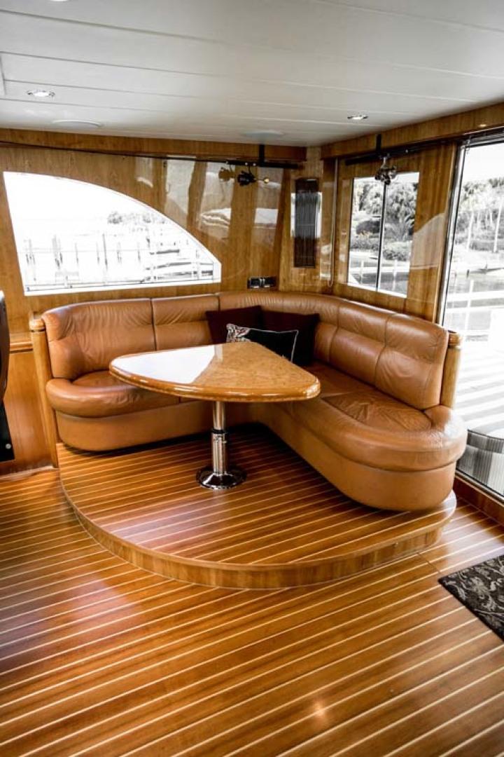 Horizon-Cockpit-Motor-Yacht-2008-Liberation-Stuart-Florida-United-States-Settee-in-Pilothouse-1075342
