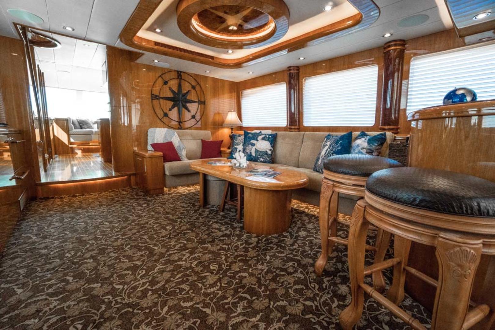 Horizon-Cockpit-Motor-Yacht-2008-Liberation-Stuart-Florida-United-States-Main-Salon-1075319