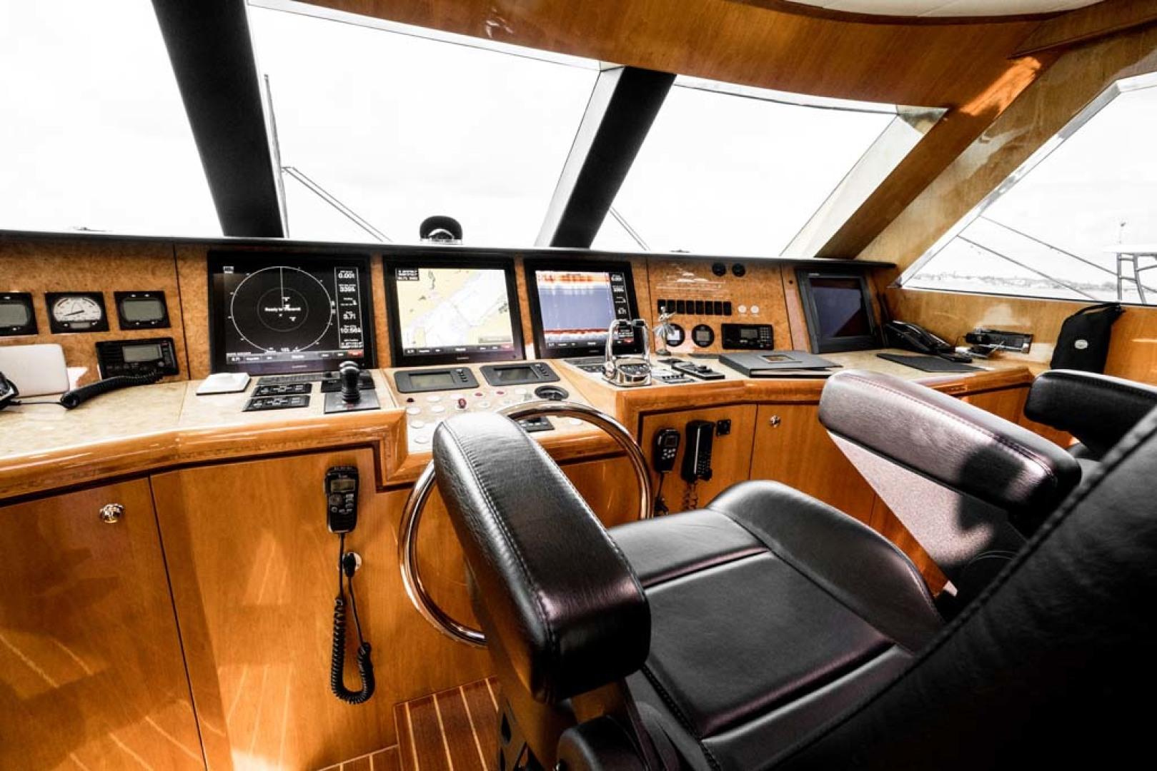 Horizon-Cockpit-Motor-Yacht-2008-Liberation-Stuart-Florida-United-States-Pilothouse-Helm-1075337