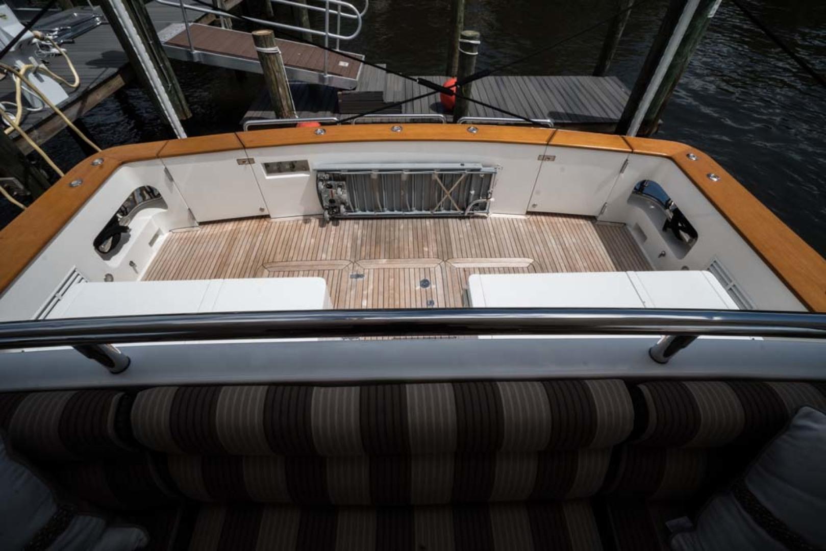Horizon-Cockpit-Motor-Yacht-2008-Liberation-Stuart-Florida-United-States-Cockpit-1075374