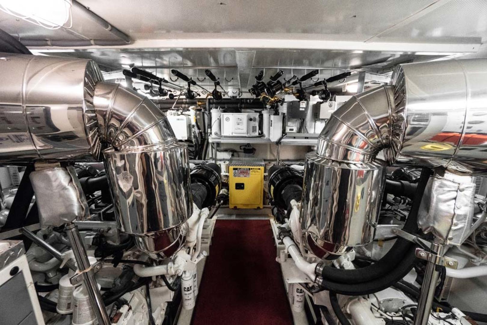 Horizon-Cockpit-Motor-Yacht-2008-Liberation-Stuart-Florida-United-States-Engine-Room-1075378