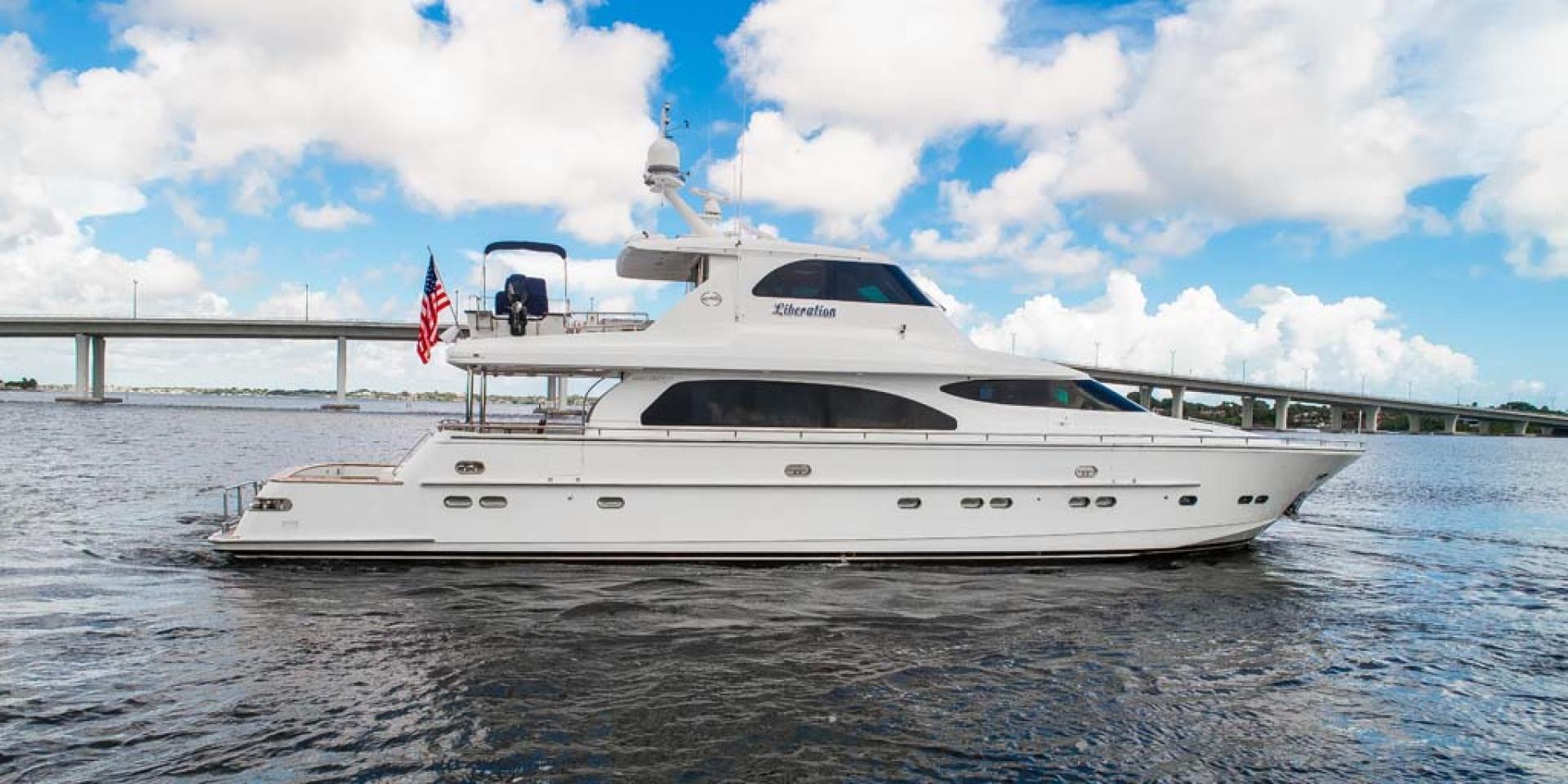Horizon-Cockpit-Motor-Yacht-2008-Liberation-Stuart-Florida-United-States-Profile-1075307