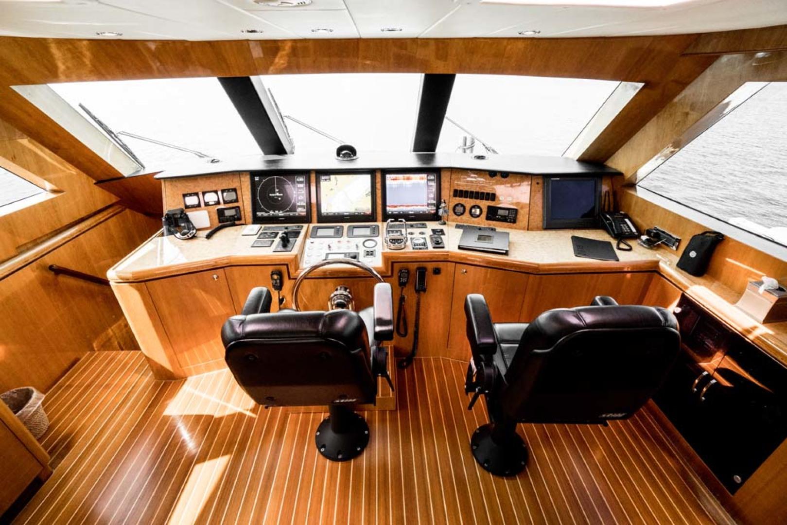 Horizon-Cockpit-Motor-Yacht-2008-Liberation-Stuart-Florida-United-States-Pilothouse-Helm-1075335