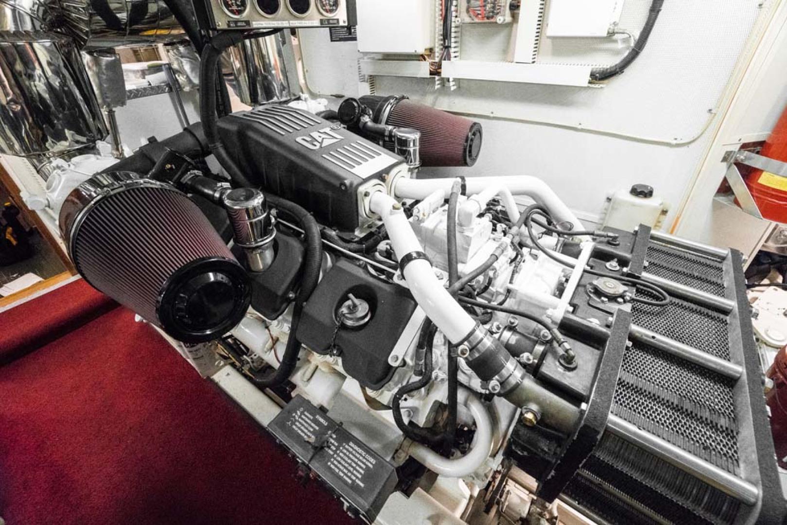 Horizon-Cockpit-Motor-Yacht-2008-Liberation-Stuart-Florida-United-States-Engine-Room-1075380