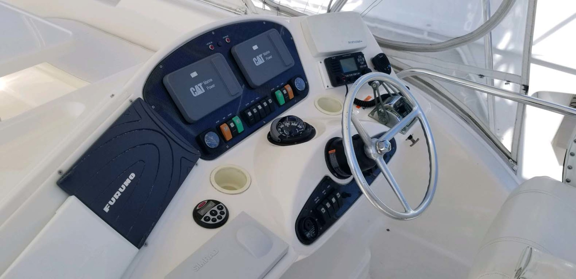 Riviera-Convertible Sport Fisherman 2004-Sol Mate South Padre Island-Texas-United States-Helm Console-1075641 | Thumbnail