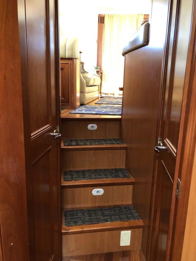 Mainship-395 Trawler 2010-Stargazer Daytona Beach-Florida-United States-Steps To Staterooms-1167089 | Thumbnail