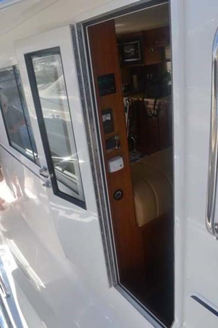 Mainship-395 Trawler 2010-Stargazer Daytona Beach-Florida-United States-Cabin Entry-1167075 | Thumbnail