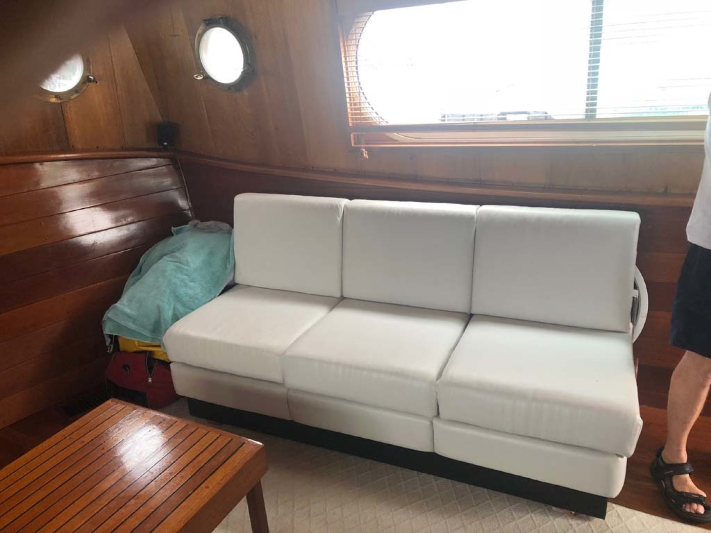Custom-Durbeck North Sea Trawler 1982-Phoenix Wickford-Rhode Island-United States-Salon Settee-1078225 | Thumbnail