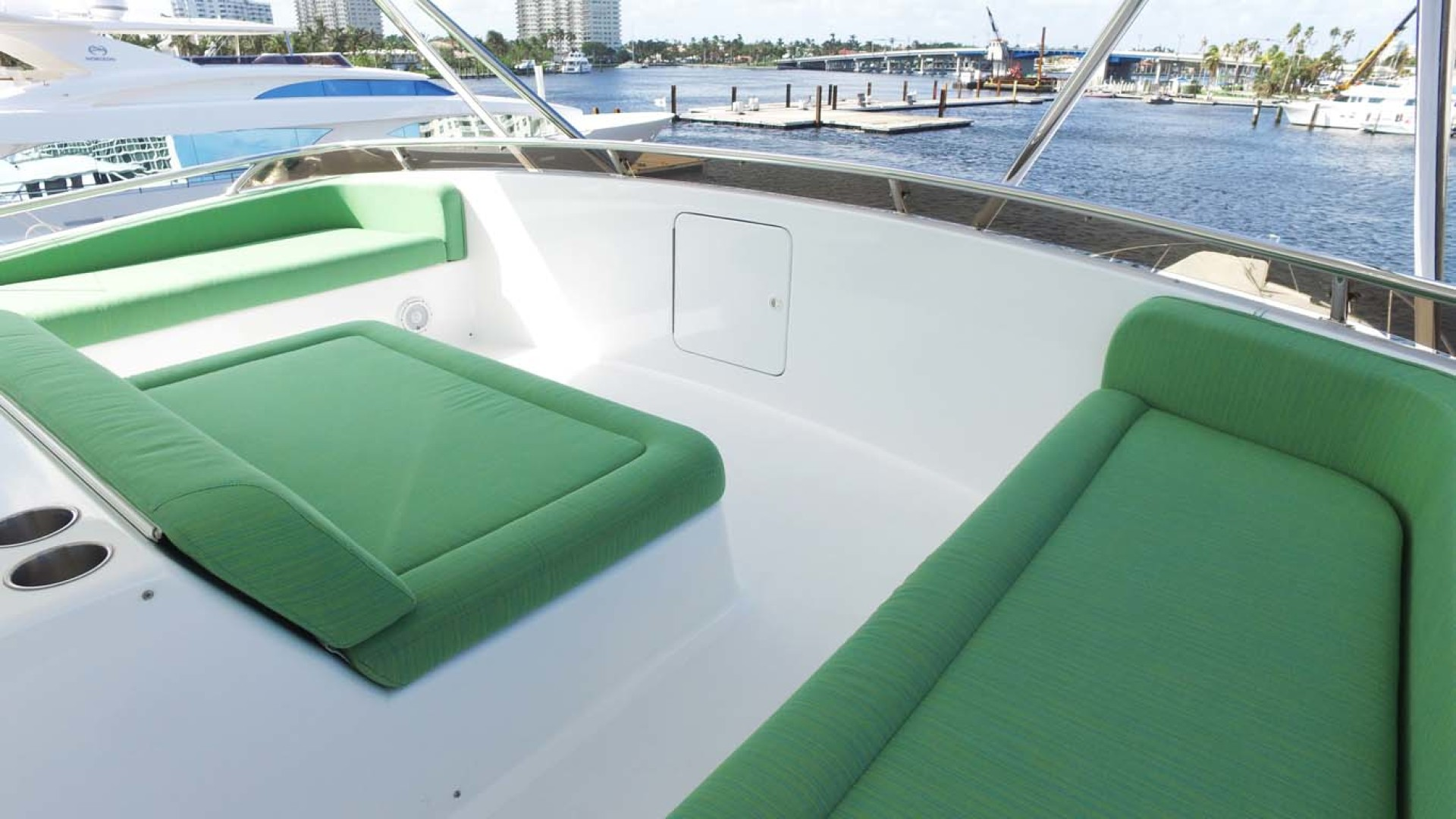 Sea-Force-IX-Sport-Fisherman-2010-Silky-Palm-Beach-Florida-United-States-Flybridge-Seating-1078930