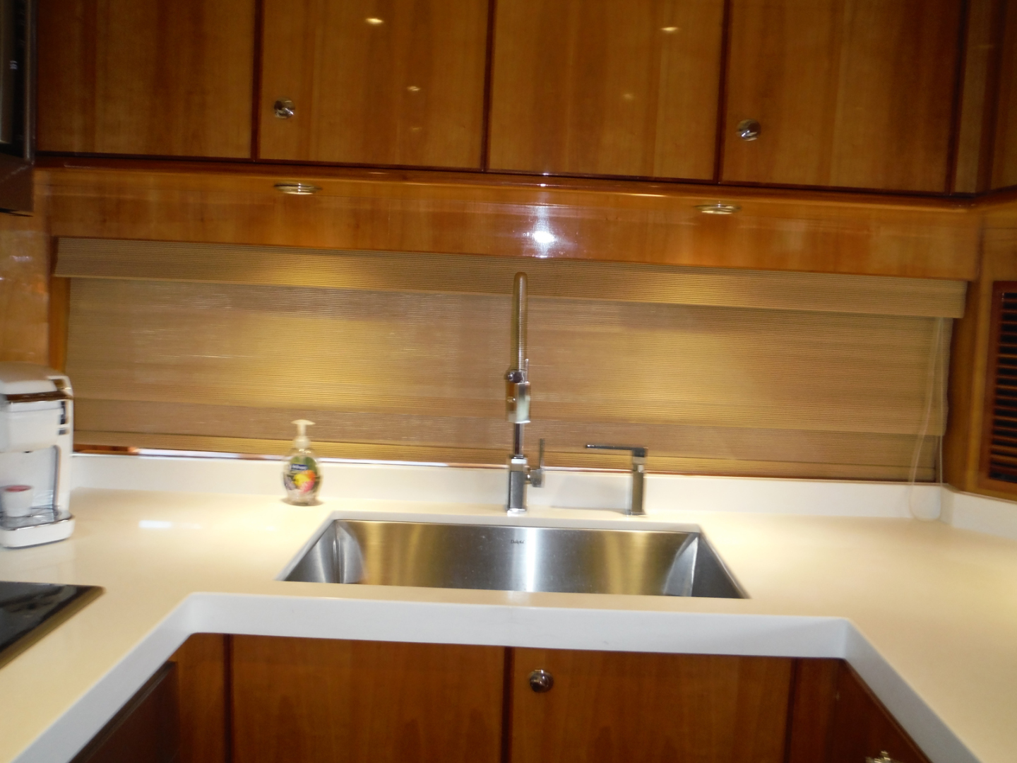 Hargrave-Flybridge Motor Yacht 2001-GRACE Fort Lauderdale-Florida-United States-Galley Sink-1091926 | Thumbnail