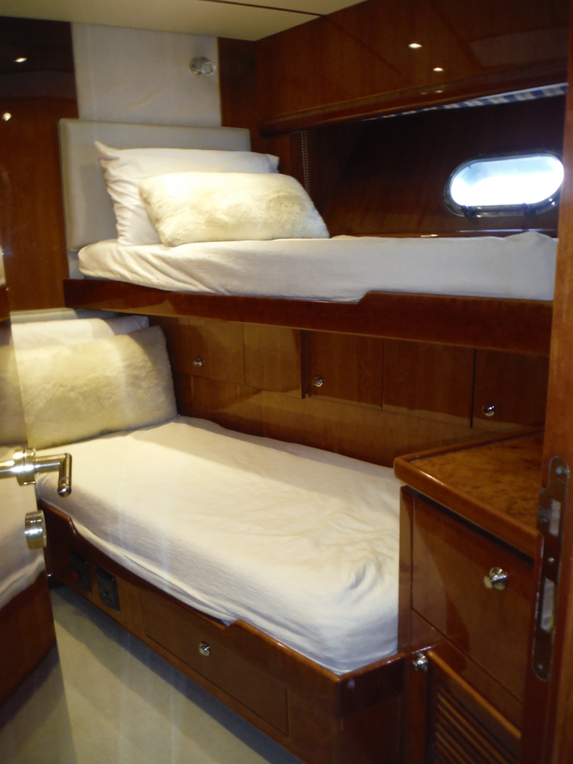 Hargrave-Flybridge Motor Yacht 2001-GRACE Fort Lauderdale-Florida-United States-Starboard Bunk Room-1091944 | Thumbnail