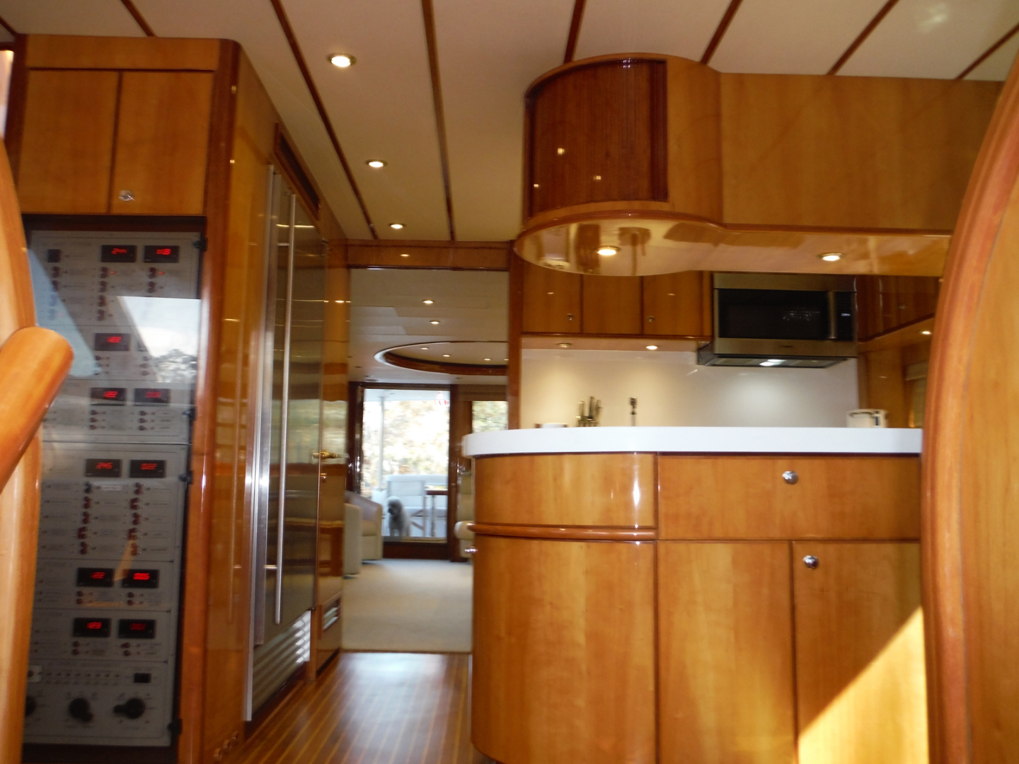 Hargrave-Flybridge Motor Yacht 2001-GRACE Fort Lauderdale-Florida-United States-Galley Looking Aft-1091928 | Thumbnail