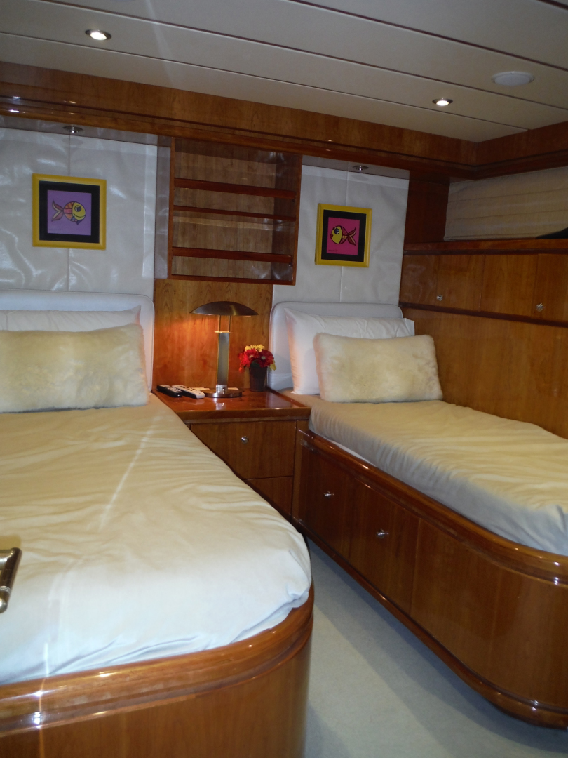 Hargrave-Flybridge Motor Yacht 2001-GRACE Fort Lauderdale-Florida-United States-Starboard Side Twin Cabin-1091960 | Thumbnail