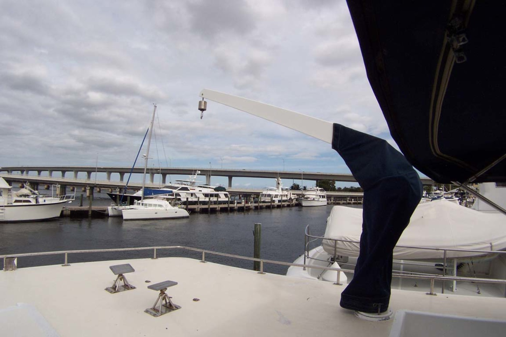 Island Gypsy-Aft Cabin Motoryacht 1997-PAINT BY NUMBER Stuart-Florida-United States-Cabin Top Crane-1081729 | Thumbnail
