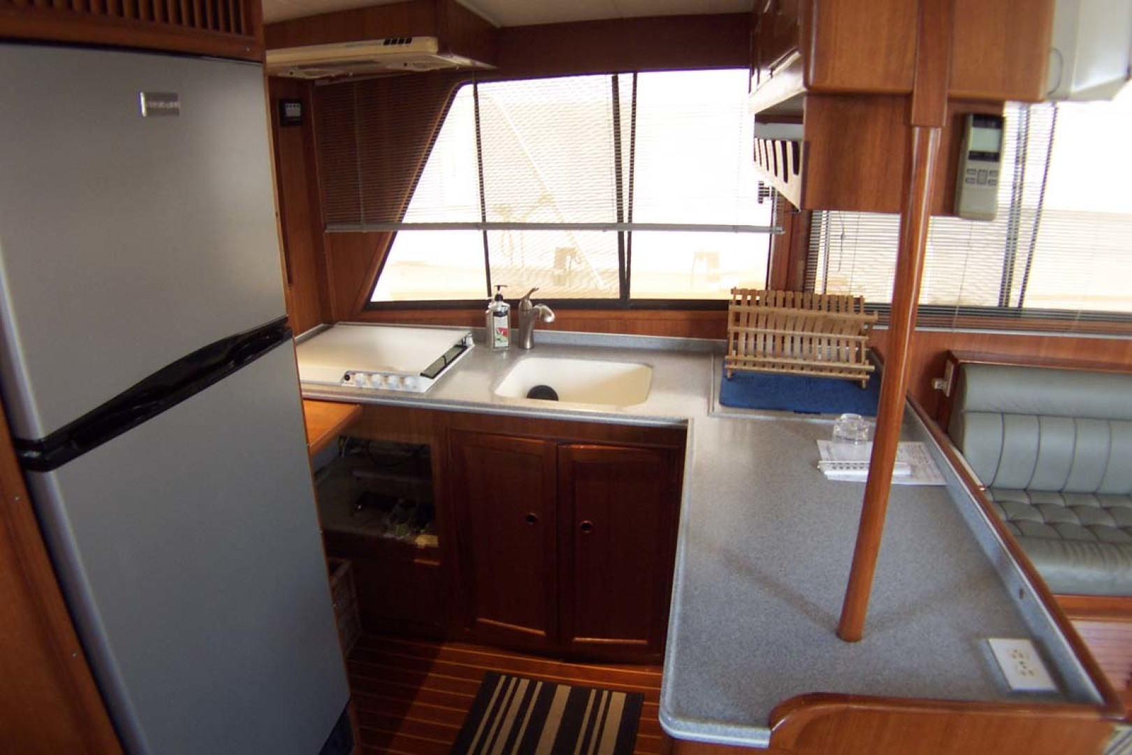 Island Gypsy-Aft Cabin Motoryacht 1997-PAINT BY NUMBER Stuart-Florida-United States-Galley-1081700 | Thumbnail