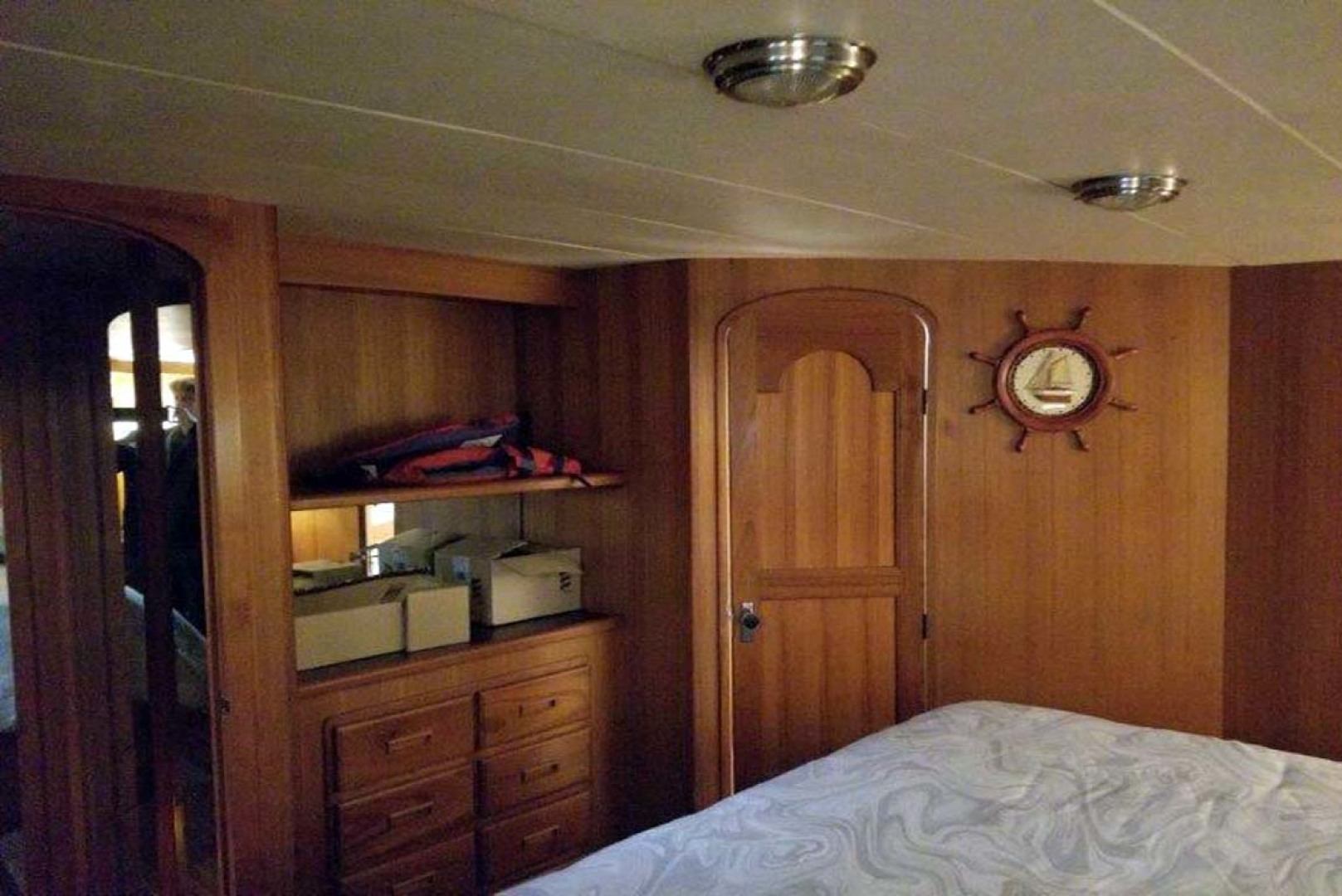 Mikelson-M57 1987-Miss Lori I Mission-British Columbia-Canada-Master Stateroom-1082838 | Thumbnail