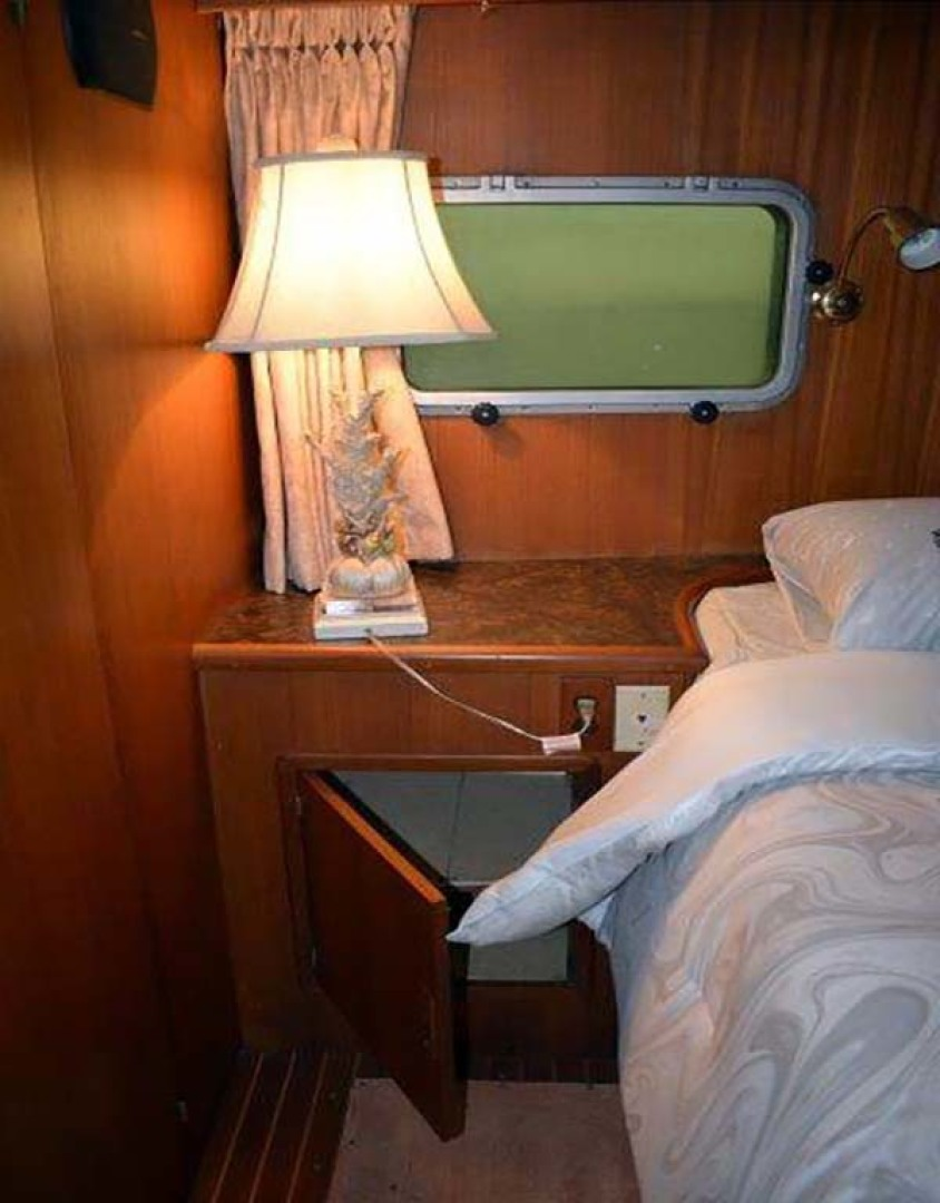 Mikelson-M57 1987-Miss Lori I Mission-British Columbia-Canada-Master Stateroom-1082845 | Thumbnail