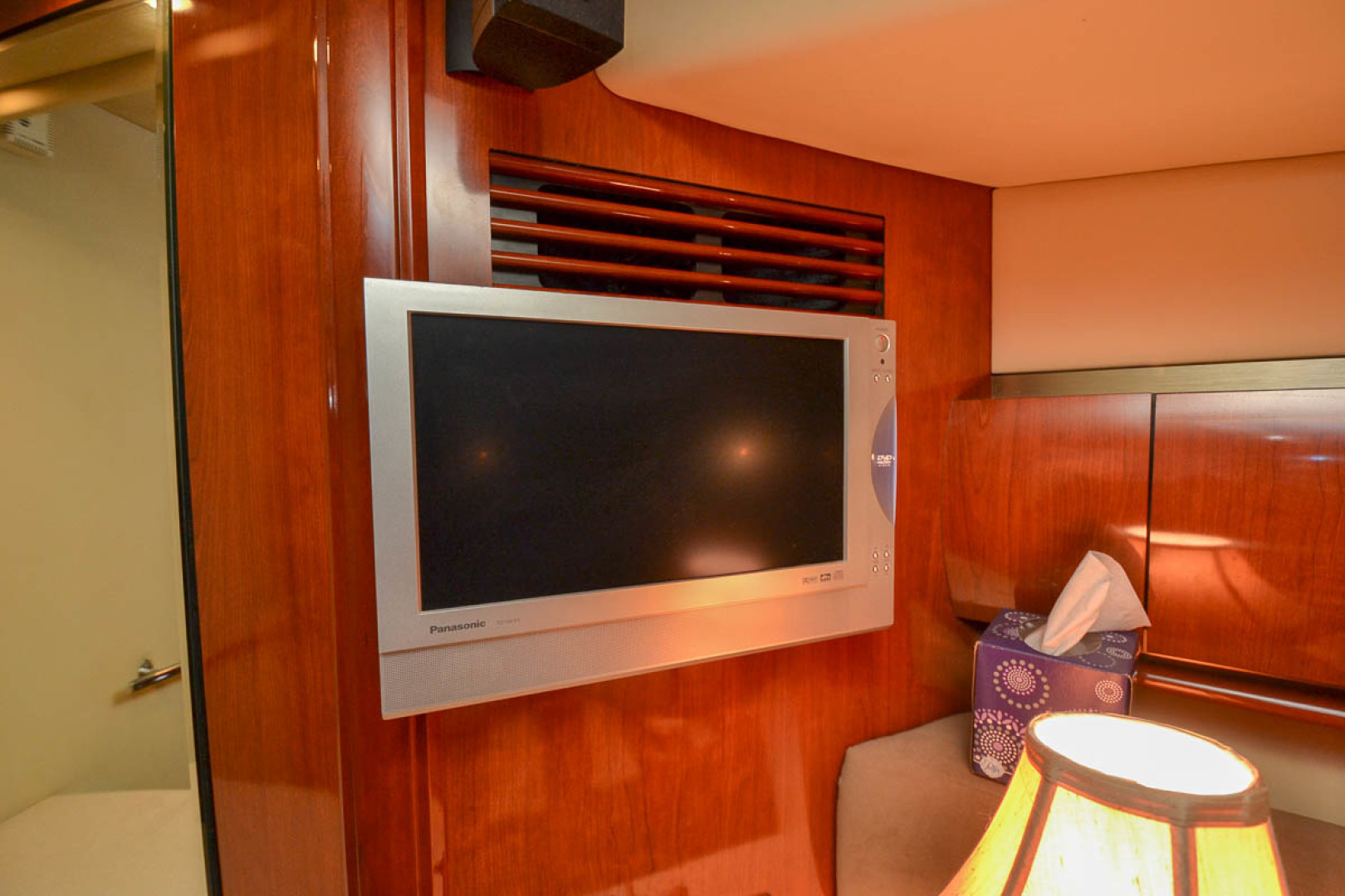 Flatpanel TV