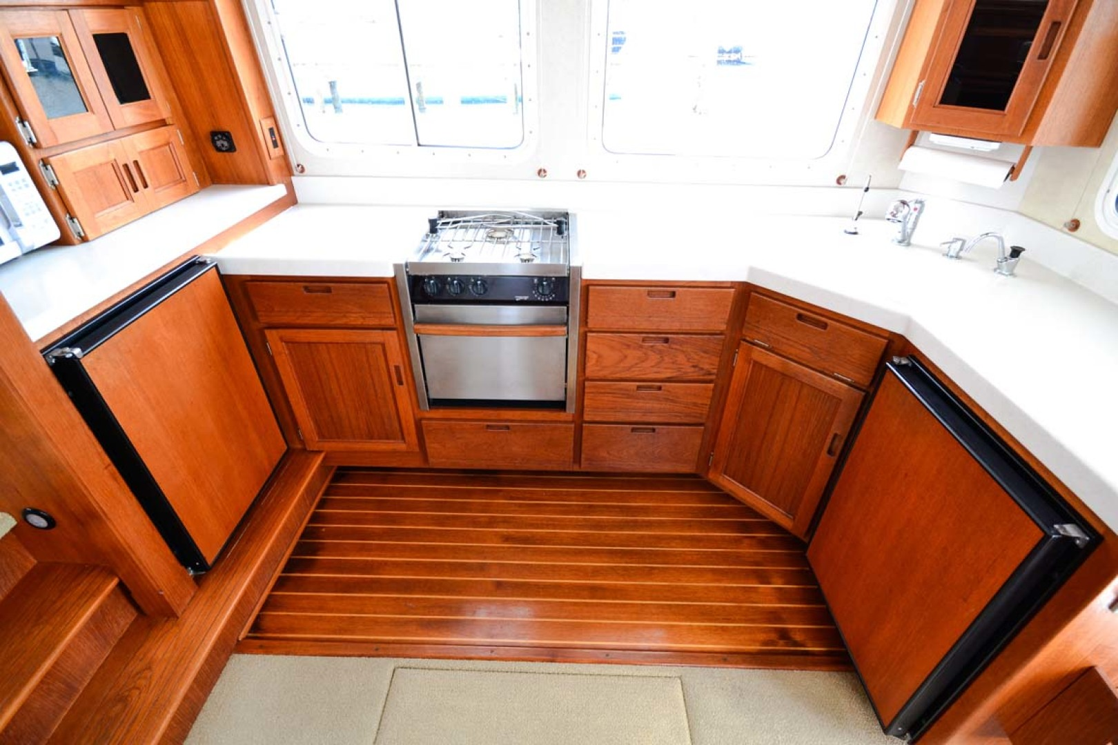Nordic-Tugs-Flybridge-2005--Cocoa-Florida-United-States-Galley-1085924