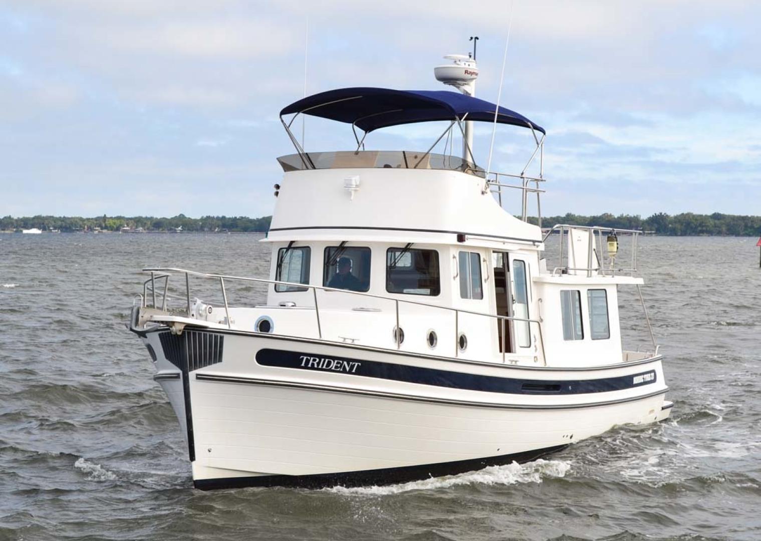Nordic-Tugs-Flybridge-2005--Cocoa-Florida-United-States-Port-Bow-1085906