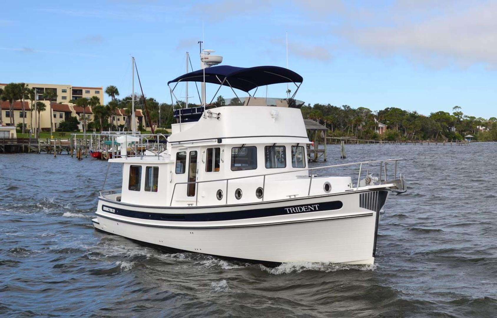 Nordic-Tugs-Flybridge-2005--Cocoa-Florida-United-States-Stbd-Bow-1085899