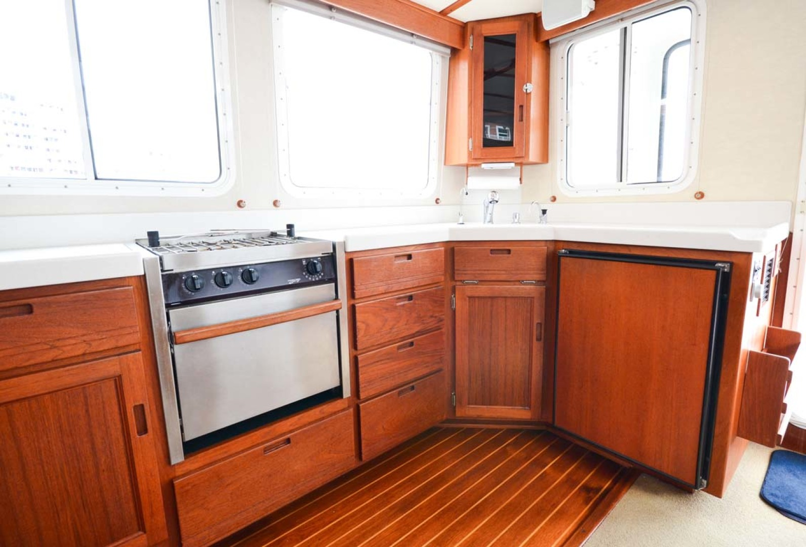 Nordic-Tugs-Flybridge-2005--Cocoa-Florida-United-States-Galley-Aft-1085925