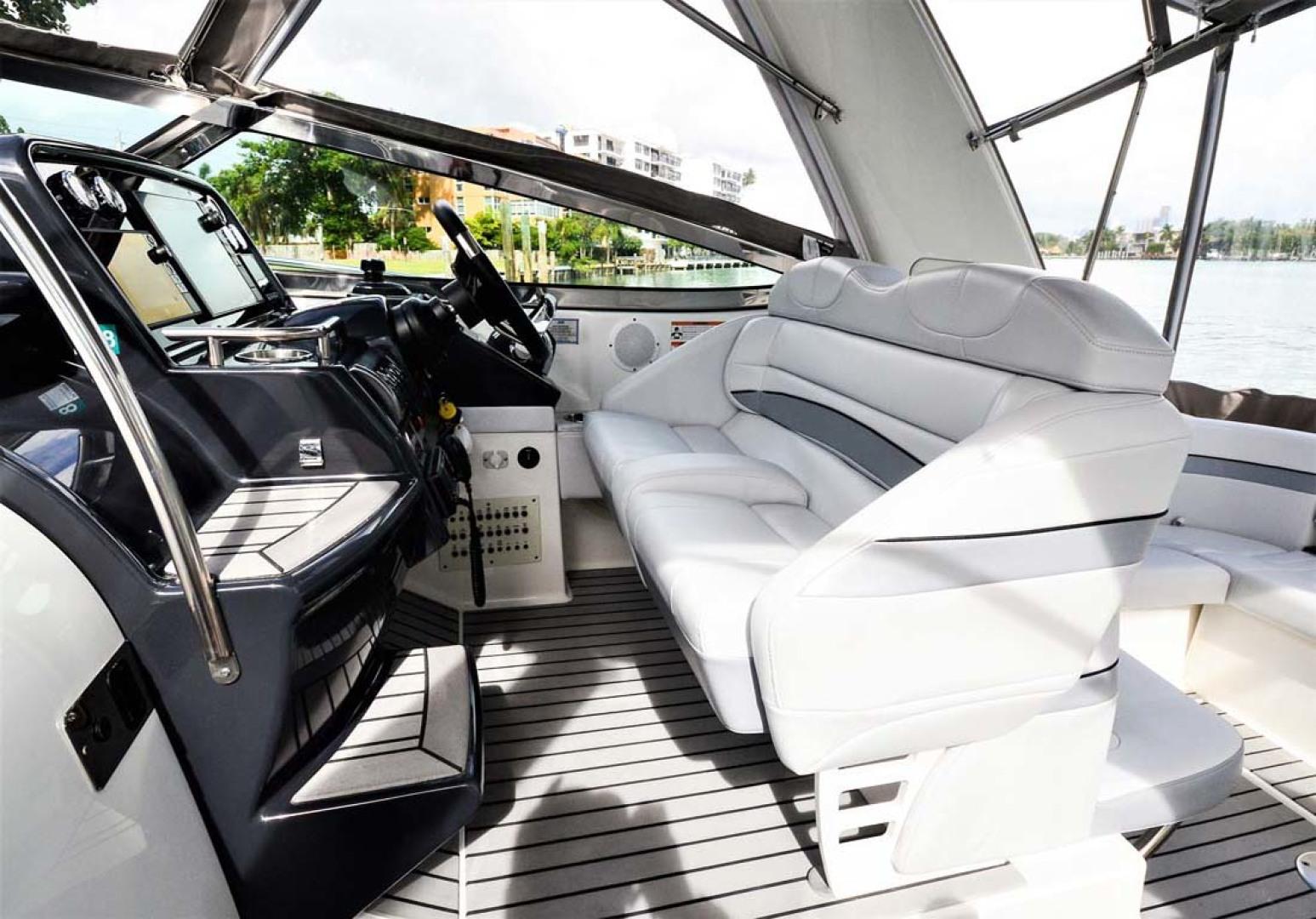 Formula-31-PC-2018-Harmony-II-Bay-Harbor-Islands-Florida-United-States-Helm-Seating-1086544