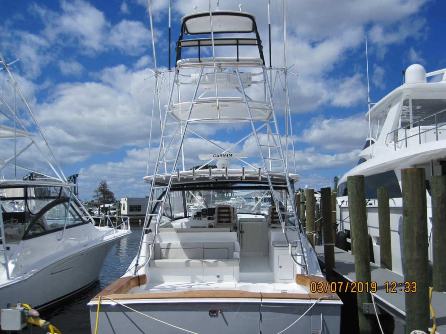 Hatteras-45 Express with Tower 2019 -Cape May-New Jersey-United States-Stern View-1178298 | Thumbnail