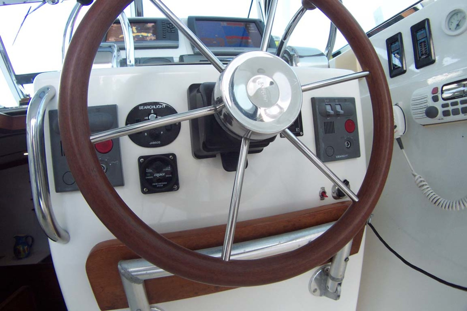 Sabre-Express MK ll 2000-TAKE TWO Palm City-Florida-United States-Helm Steering Wheel-1086746 | Thumbnail