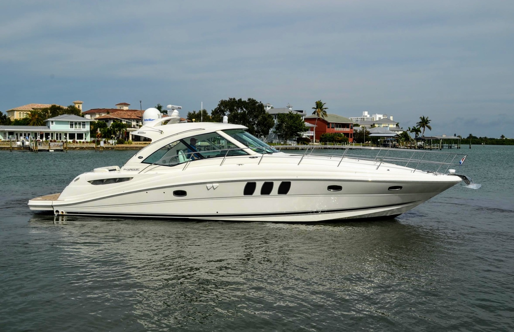 51 2011 Sea Ray 500 Sundancer Tampa Yacht Sales