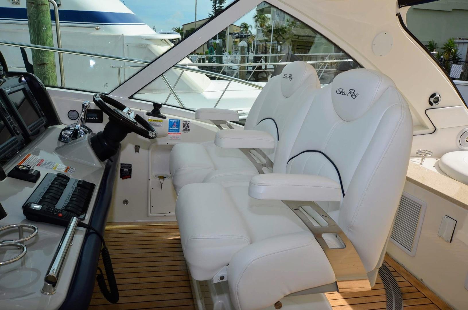 51' 2011 Sea Ray 500 Sundancer | Tampa Yacht Sales
