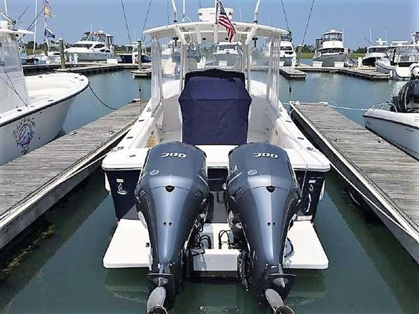 Regulator-28 FS Center Console 2014 -Mamaroneck-New York-United States-Engines-1089421 | Thumbnail