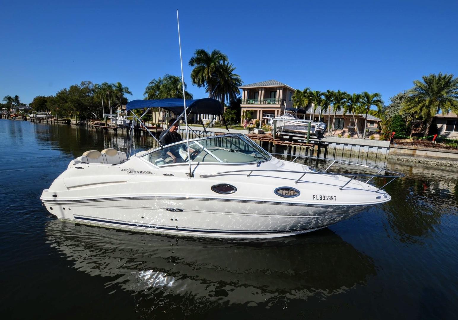 24 2008 Sea Ray 240 Sundancer Tampa Yacht Sales