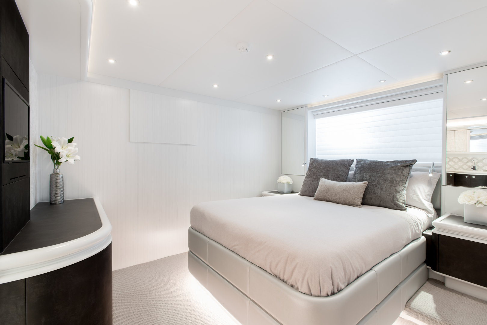 Crescent-Custom Fast Pilothouse Yacht 2020-CRESCENT 117 Vancouver-British Columbia-Canada-1343640   Thumbnail