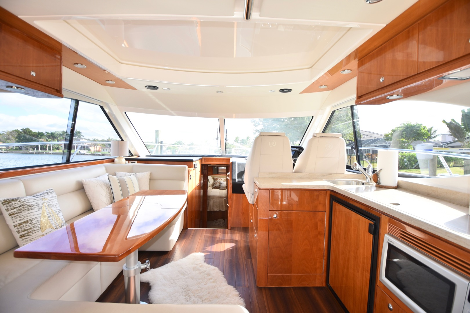 Picture Of: 44' Riviera 44 Sport Yacht 2015 Yacht For Sale | 2 of 40