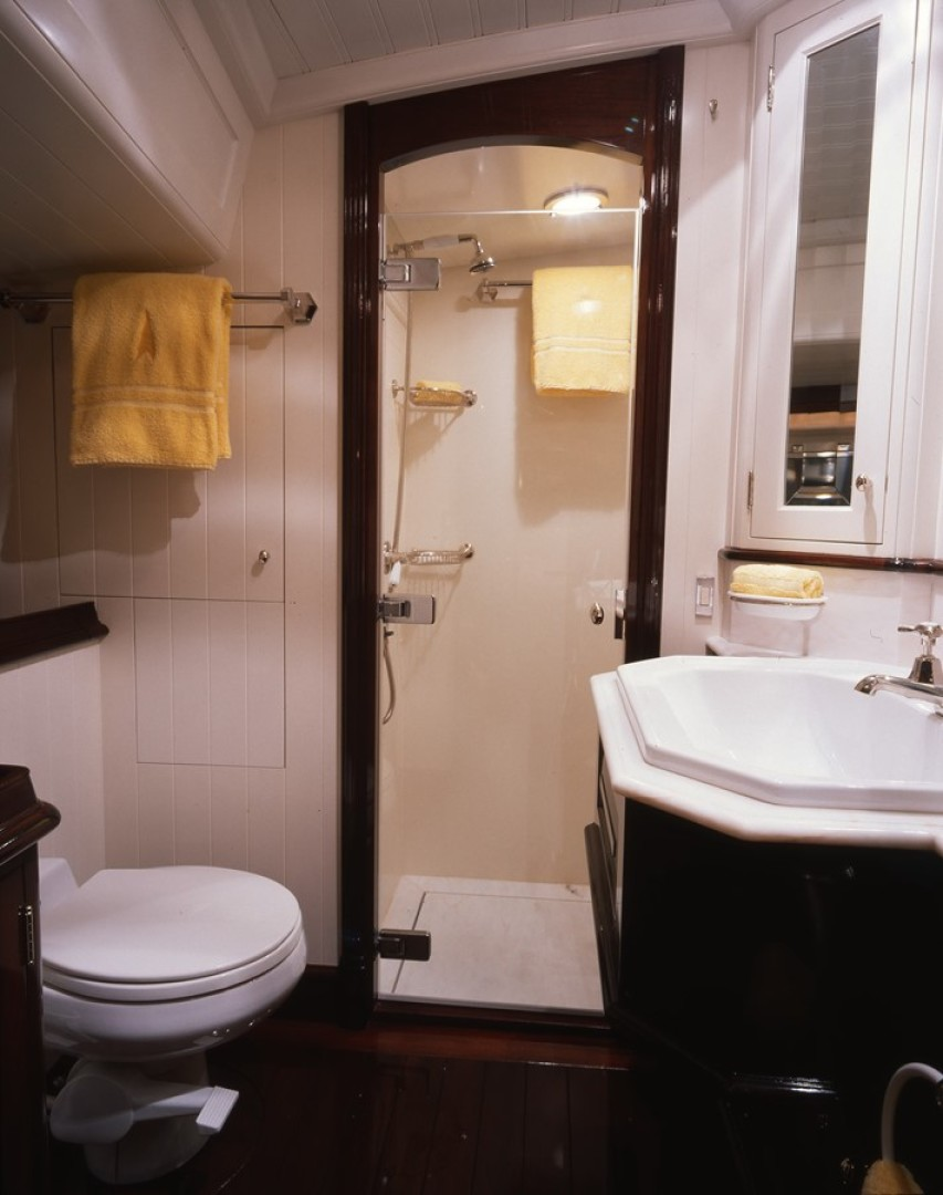 Vitters-Performance Cruiser 1999-CARMELLA  Newport-Rhode Island-United States-Master Head & Shower-1271872 | Thumbnail