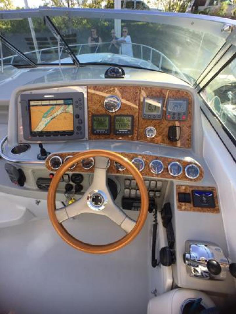 Formula-400 SS 2007-Knot Worthy Red Wing-Minnesota-United States-Helm Dash Forward View-1213093 | Thumbnail