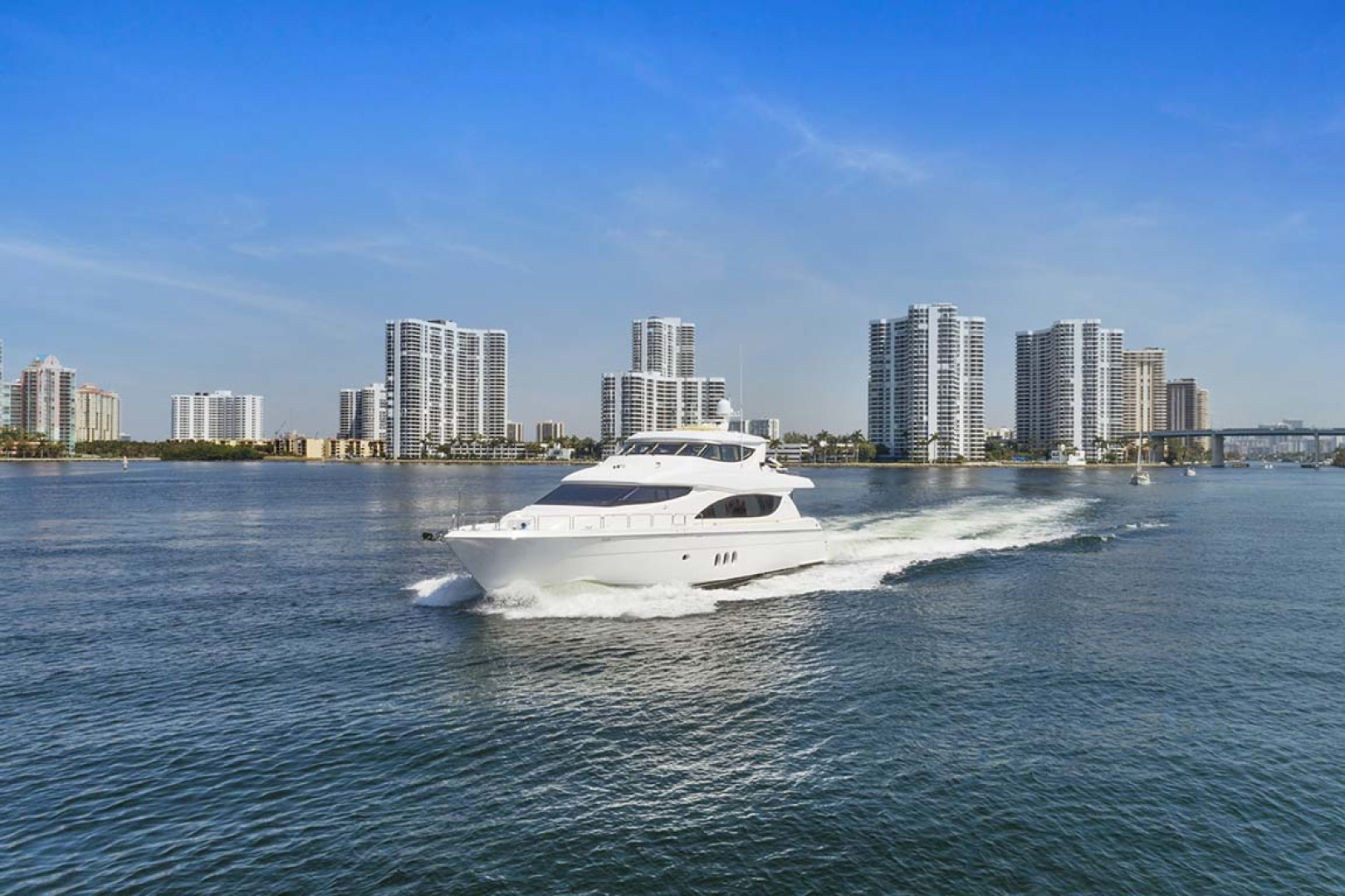 Hatteras-80 Motor Yacht 2007-Pneuma Ocean Reef-Florida-United States-Port Bow View-1092612 | Thumbnail