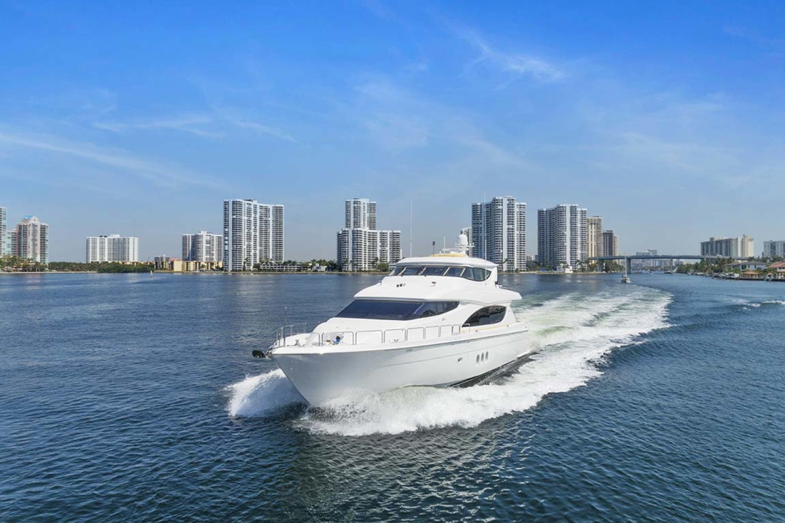 Hatteras-80 Motor Yacht 2007-Pneuma Ocean Reef-Florida-United States-Port Bow View-1092613 | Thumbnail