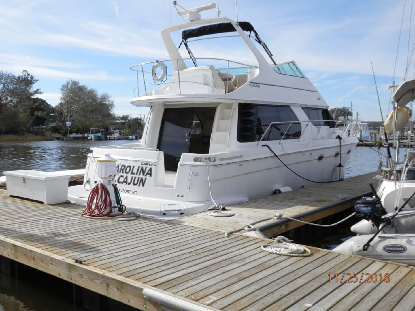Carver-450 Voyager Pilothouse 1999-Carolina Cajun Beaufort-North Carolina-United States-Starboard Aft Quarter at the Dock-1093074 | Thumbnail