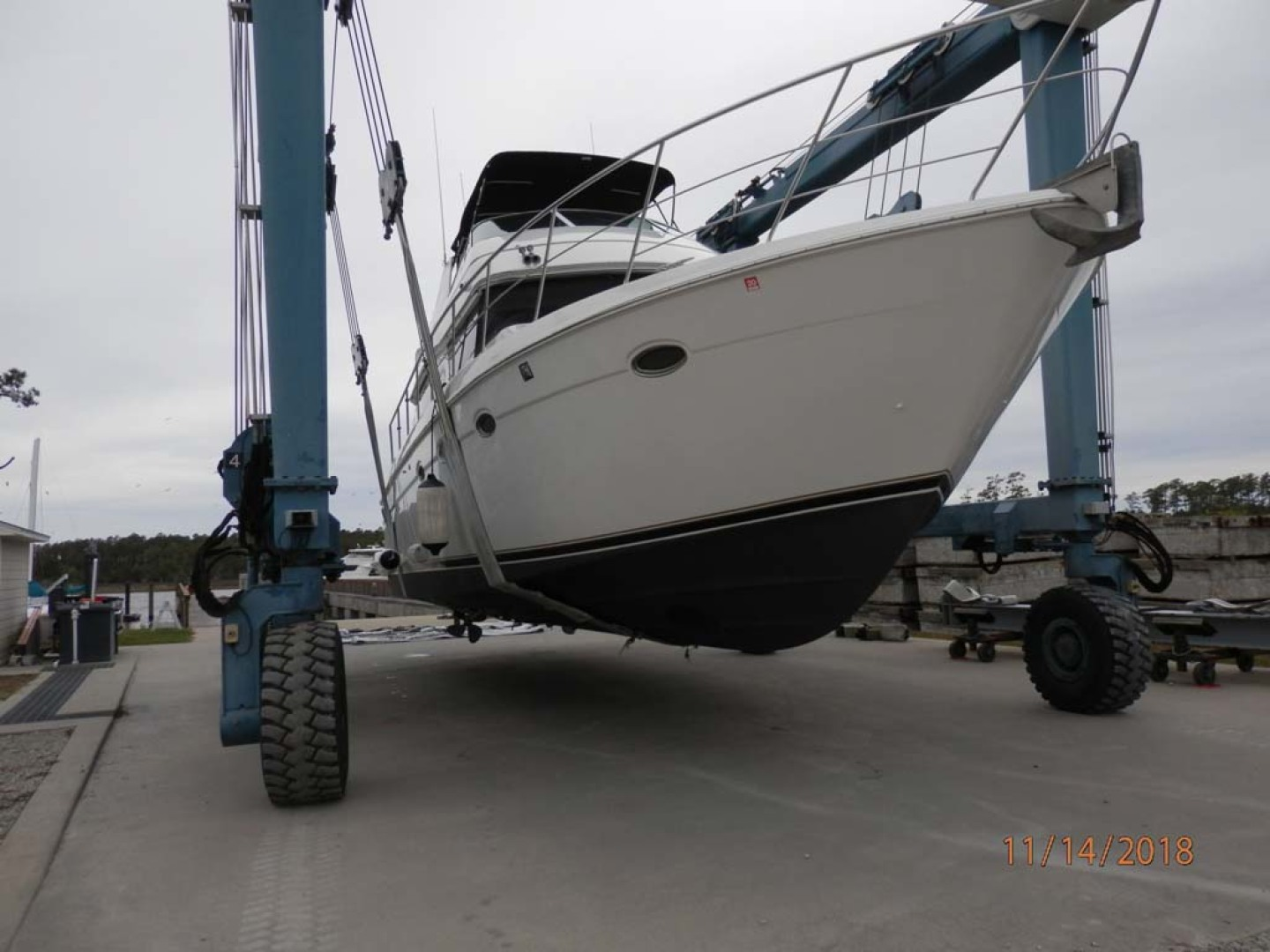 Carver-450 Voyager Pilothouse 1999-Carolina Cajun Beaufort-North Carolina-United States-Starboard Bow-1093085 | Thumbnail