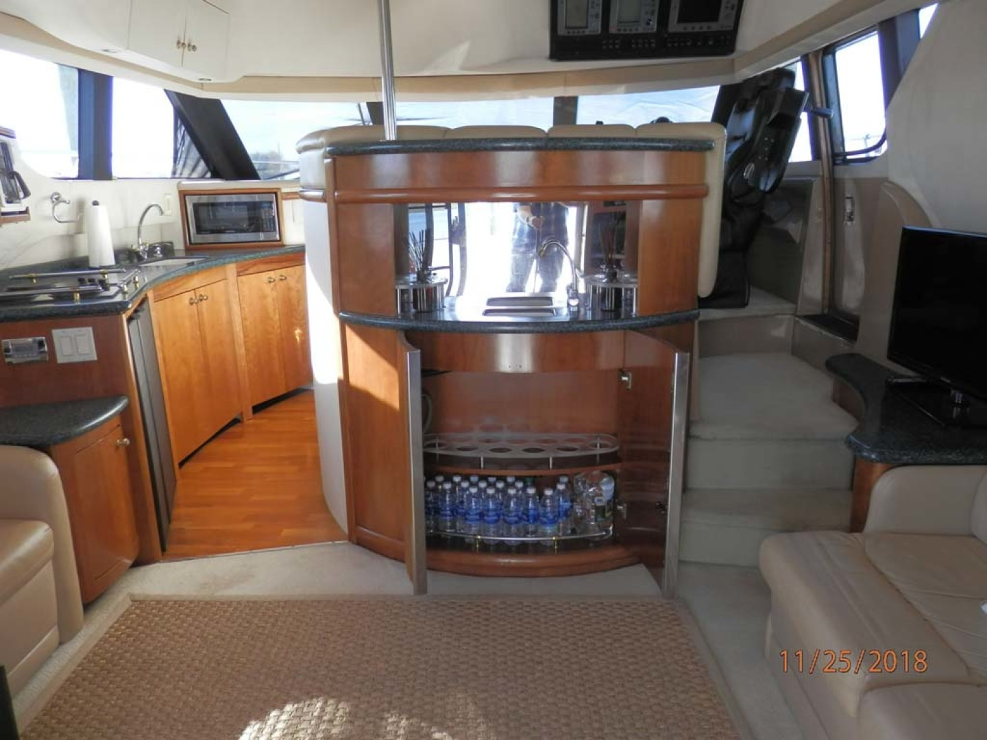 Carver-450 Voyager Pilothouse 1999-Carolina Cajun Beaufort-North Carolina-United States-Main Salon-1093015 | Thumbnail